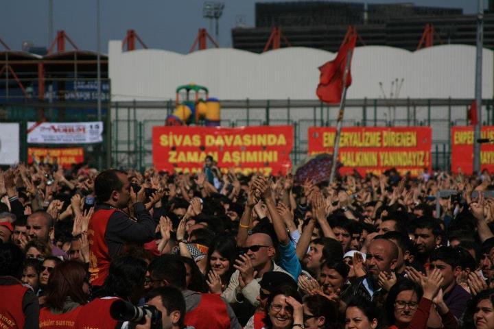 15 nisan 2012 grup yorum bağımsız türkiye konseri