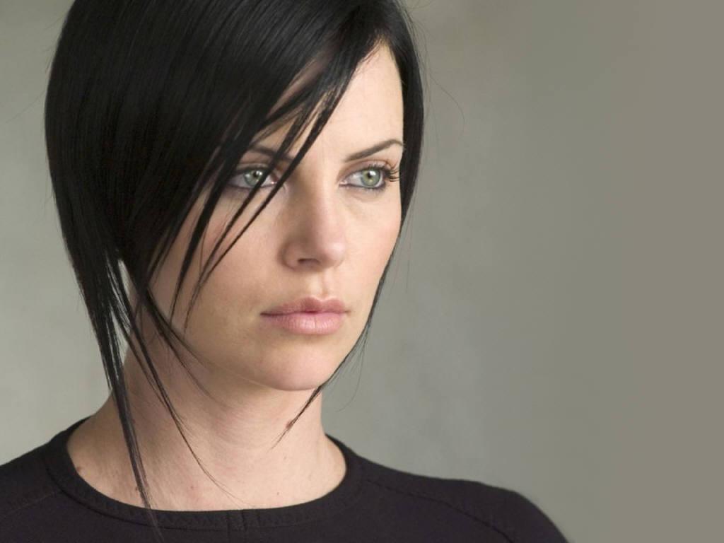 charlizetheron - Harika Bir Kadin : Charlize Theron