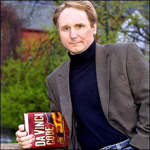 , ünlü bir yazarın ingilizce hayatı dan brown