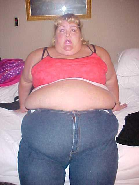 Funny looking fatty shows you she can do it all too 7