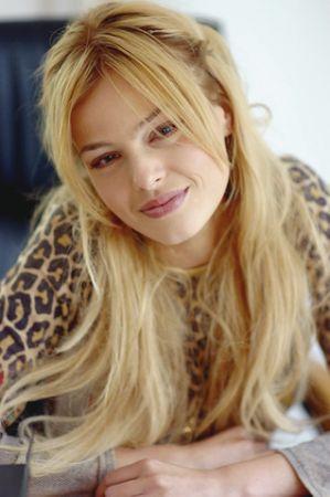 naz elmas 28455 - T�rkiyenin En G�zel Bayan Oyuncusu Sizce Kim?