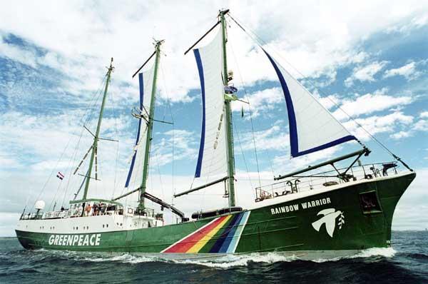 Greenpeace'in Efsane Gemisi Türkiye'ye Geliyor: Karabiga'ya da Uğrayacak