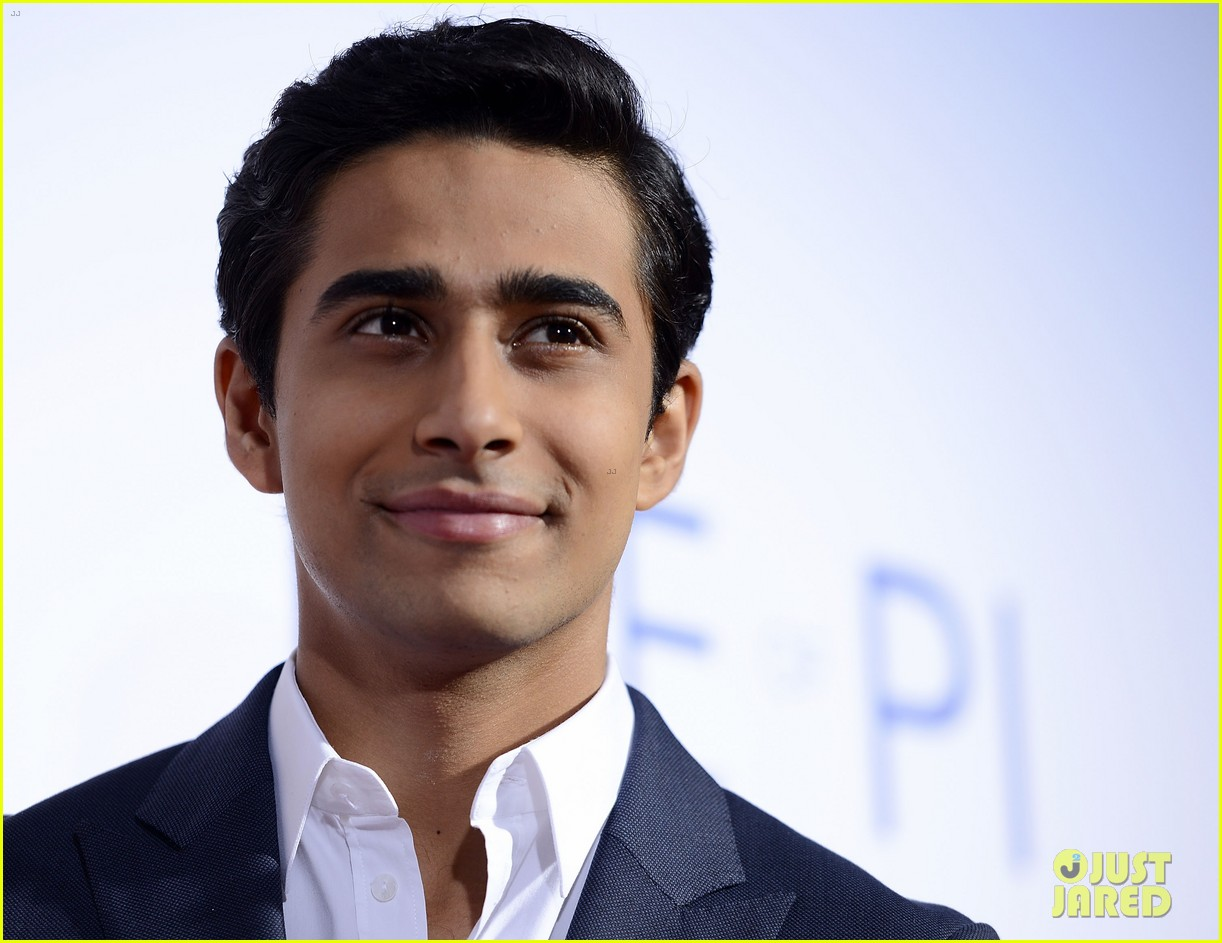 Suraj sharma 483430 it s zl k g rseller for Life of pi book characters